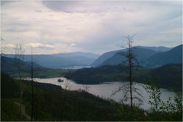 rob_McGivery-Lake-Road,-McGilvery-Lake-